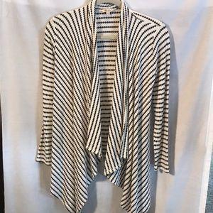 Lily Star black/white cardigan sweater size Sm